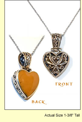 Aphrodite's Hearts Necklace Amulet